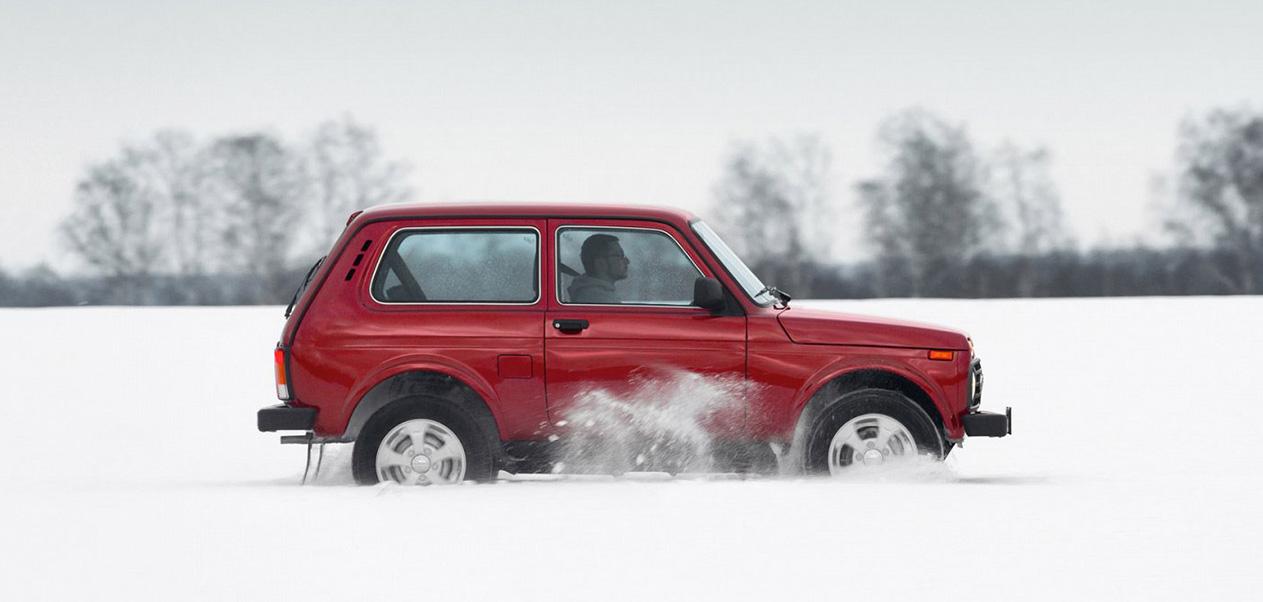 lada-niva-4x4-fuoristrada-inverno-neve-carraro-automobili