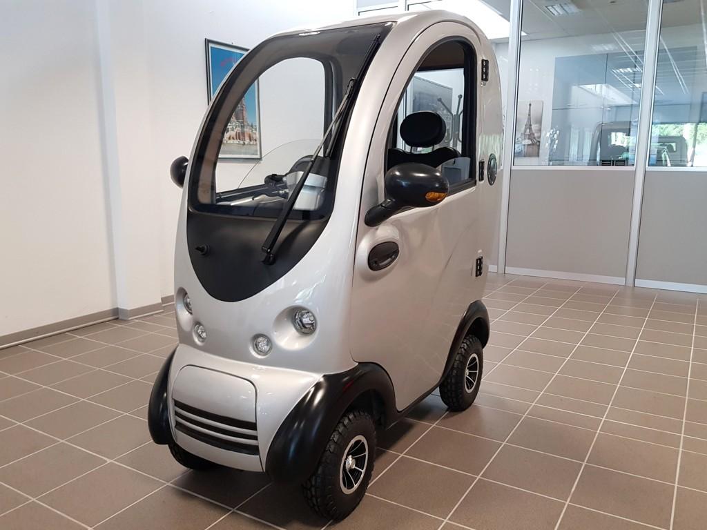 auto-senza-patente-per-anziani-scooter-freedom-zero
